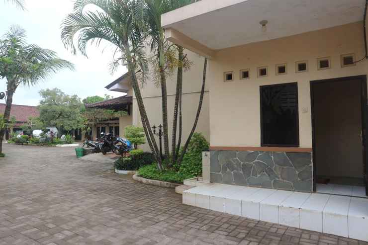 EXTERIOR_BUILDING Hotel Majesty Kudus