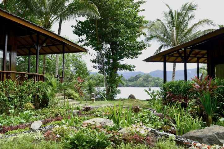 LOBBY Kungkungan Bay Resort