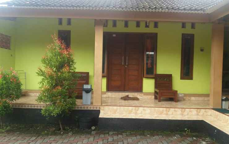 Sabila Homestay Borobudur Magelang - Two Rooms with Living Room