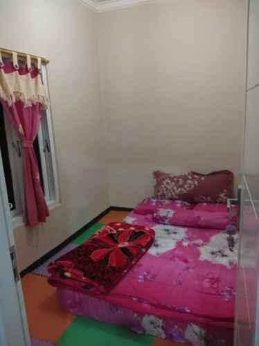 BEDROOM Full House at Kenzo Homestay Syariah