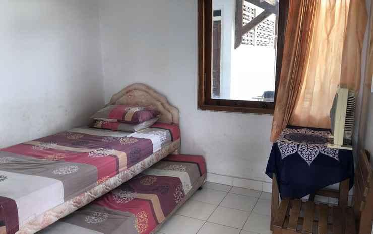 Hotel Purnama IV Yogyakarta Yogyakarta - Budget Twin Room Fan (Shared Bathroom)