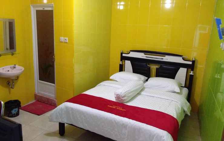 Hotel Mawar Sharon Malang - Deluxe Room AC