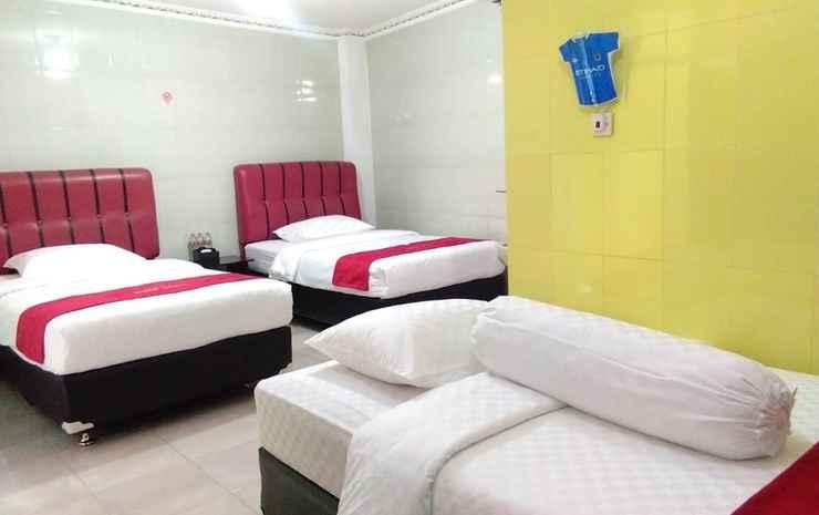 Hotel Mawar Sharon Malang - Triple Bed