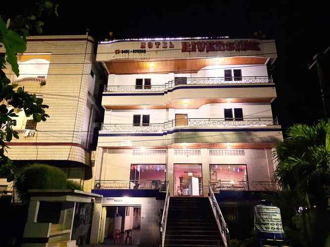 VIEW_ATTRACTIONS Hotel Riverside Manado