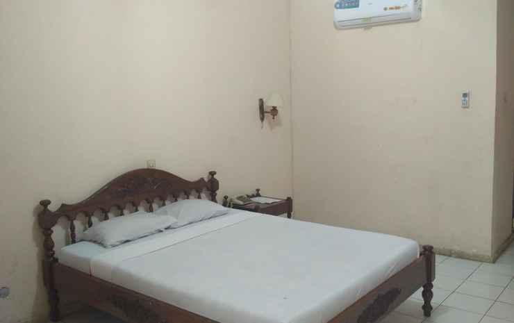 Hotel Kusuma Kartika Sari Solo - Standard Double Bed