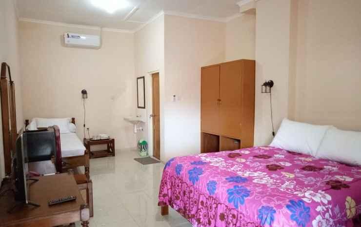 Hotel Kusuma Kartika Sari Solo - Family Room