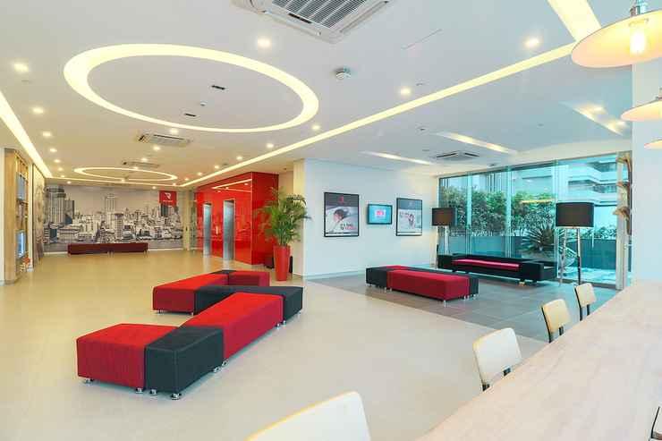 LOBBY Red Planet Manila Binondo -  For Quarantine Stays