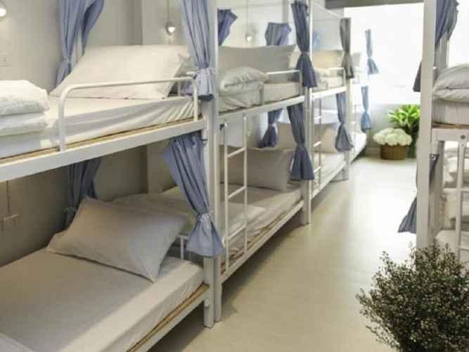 BEDROOM Coop Hostel