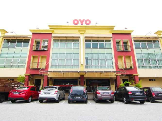 EXTERIOR_BUILDING Hotel Putra Iskandar
