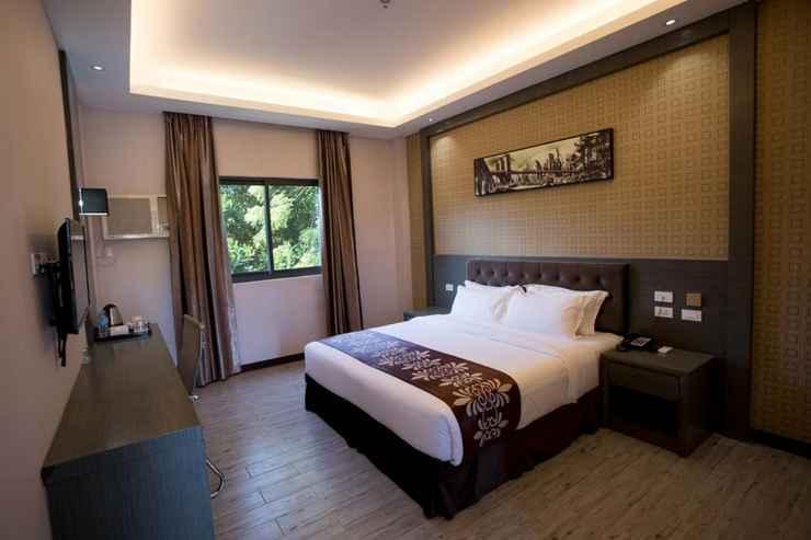 BEDROOM Vienna Hotel