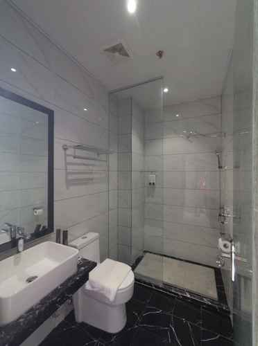BATHROOM Vienna Hotel