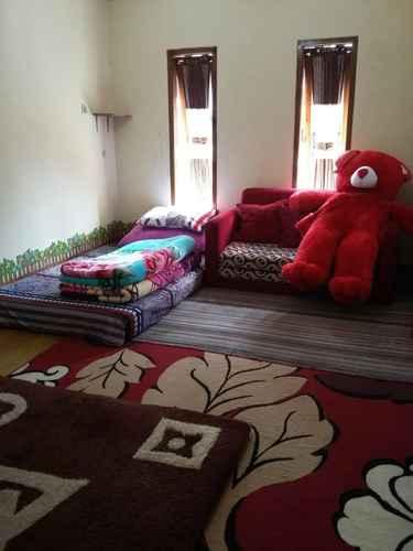 BEDROOM Full House at Homestay Cemara Dieng Syariah