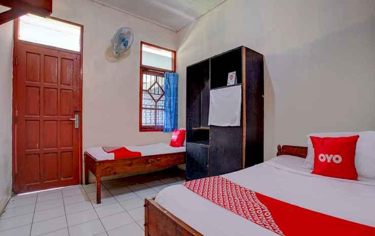 OYO 3915 Hotel Remaja Pacitan Pacitan - Saver Double Room