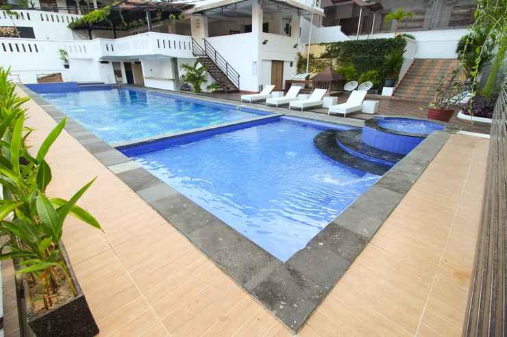 SWIMMING_POOL Front One Resort Jogja