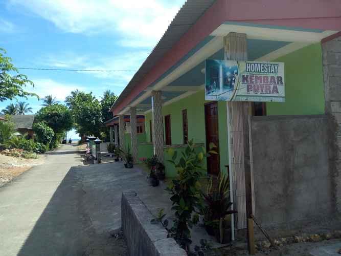 EXTERIOR_BUILDING Budget Room at Homestay Putra Kembar