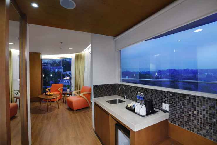 COMMON_SPACE The Alana Hotel & Conference Center, Sentul City by ASTON