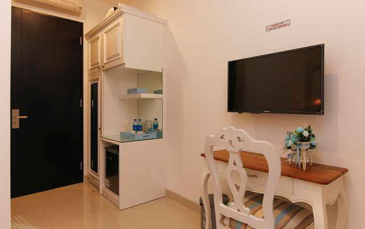 M Home Jakarta - Deluxe Twin Room Only