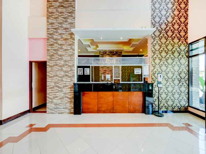 LOBBY OYO 90385 Hotel Cadaka