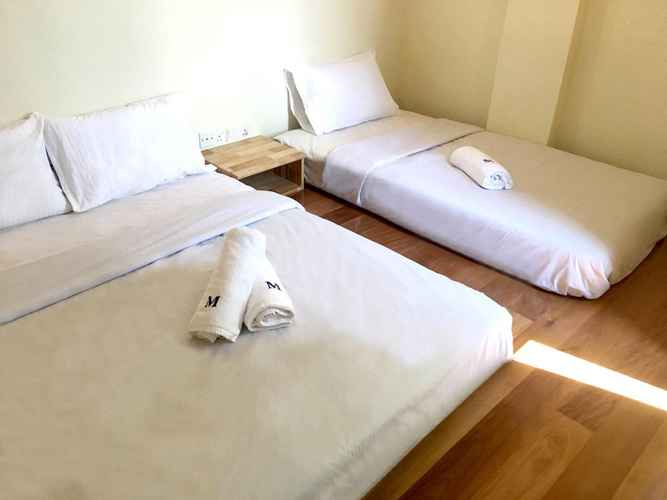 BEDROOM Merilton Hotel