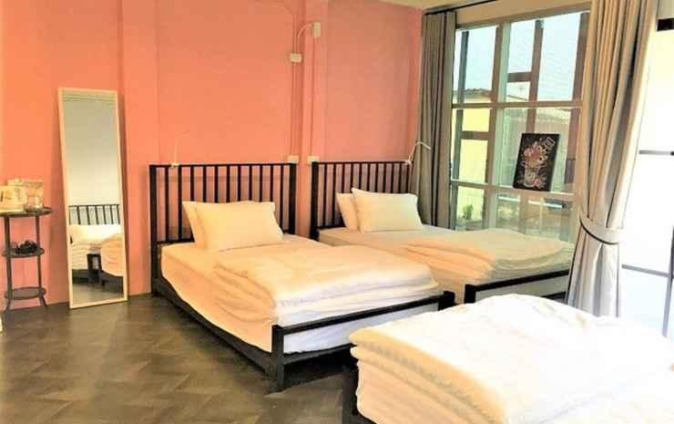 Niitra Hostel  Bangkok - Triple Room With Private Bathroom
