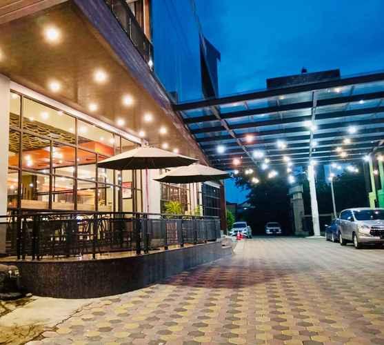 EXTERIOR_BUILDING Premiere Hotel Tegal