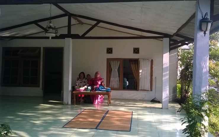 Villa Sri Megamendung Puncak Bogor - Rumah Atas