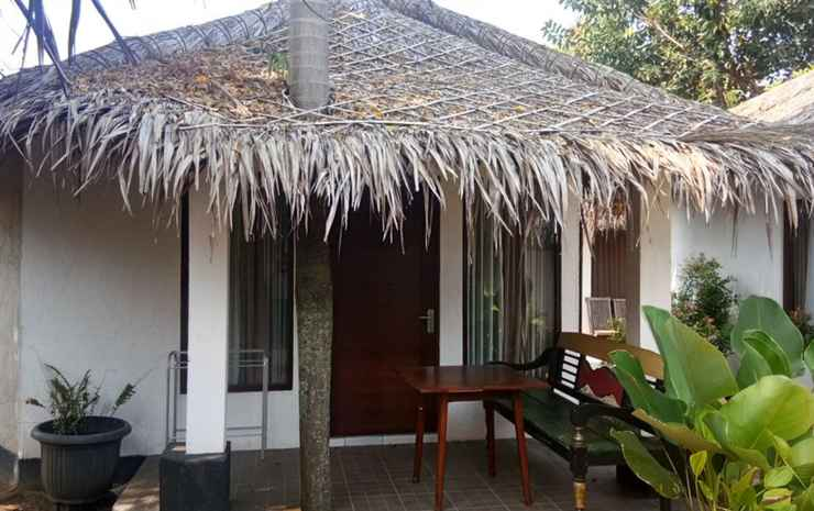 Comfort Room at Sunset Beach Resto & Bungalow Jepara - Etnic B (Single Bed)
