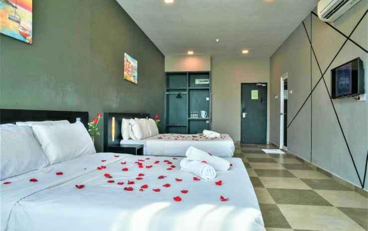 Elite Hotel Muar Johor - Deluxe Family - Room Only NR