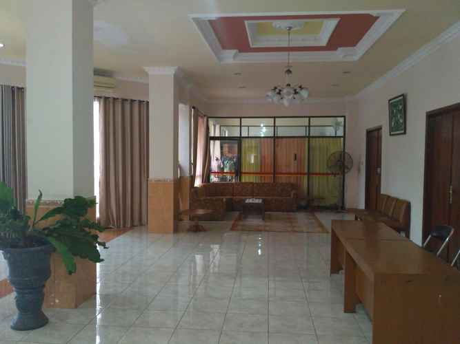 LOBBY Affordable Room at Hotel Edotel Klaten