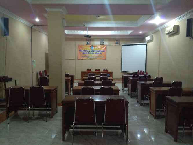 FUNCTIONAL_HALL Affordable Room at Hotel Edotel Klaten