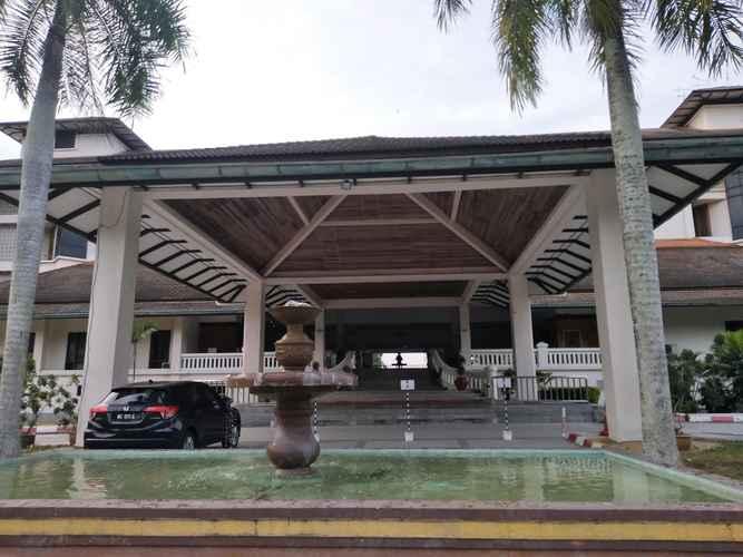 EXTERIOR_BUILDING The Orient Star Resort