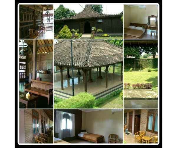 BEDROOM Spacious Room near Alun-alun at Pondok Puspita Homestay