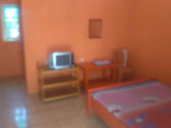 BEDROOM Budget Room at Hotel Pantura Tegal