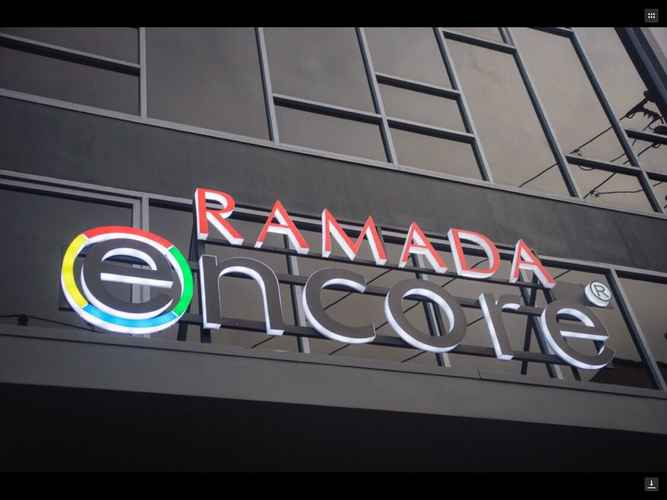 EXTERIOR_BUILDING Ramada Encore Makati
