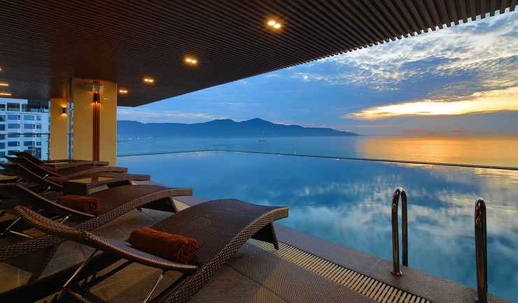 SWIMMING_POOL Balcona Hotel Da Nang