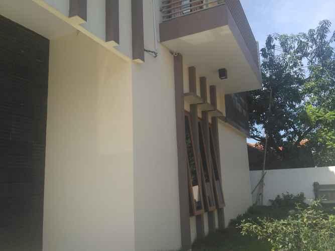 EXTERIOR_BUILDING Cozy Room at Halmahera Kostel