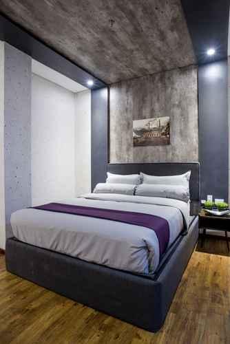 BEDROOM Axiaa Hotel Manila