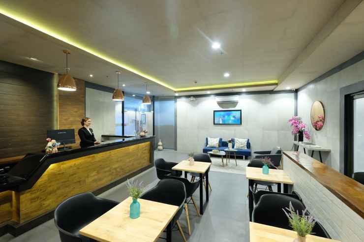 LOBBY Axiaa Hotel Manila
