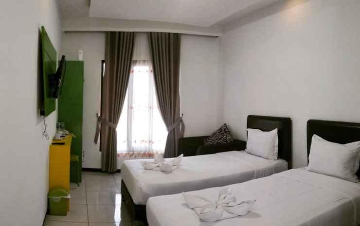 Sky Flores Hotel Manggarai - Superior Room Twin Bed