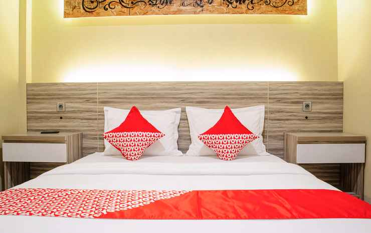 OYO 1517 Madagascar Hotel Kupang - Deluxe Double