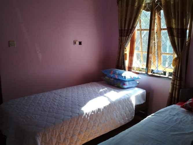 BEDROOM Queen Homestay Bajawa