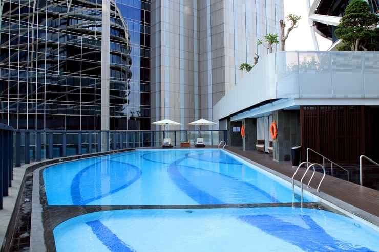 SWIMMING_POOL JHL Solitaire Gading Serpong