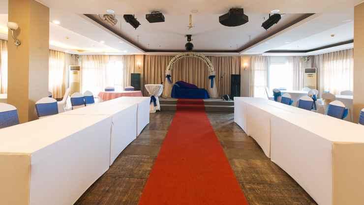 FUNCTIONAL_HALL RedDoorz Plus @ Project 6 Quezon City