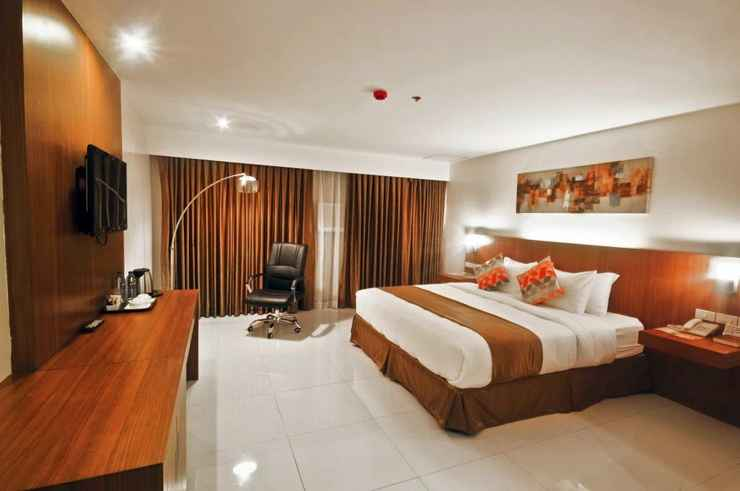 BEDROOM Chriscent Ville Hotel