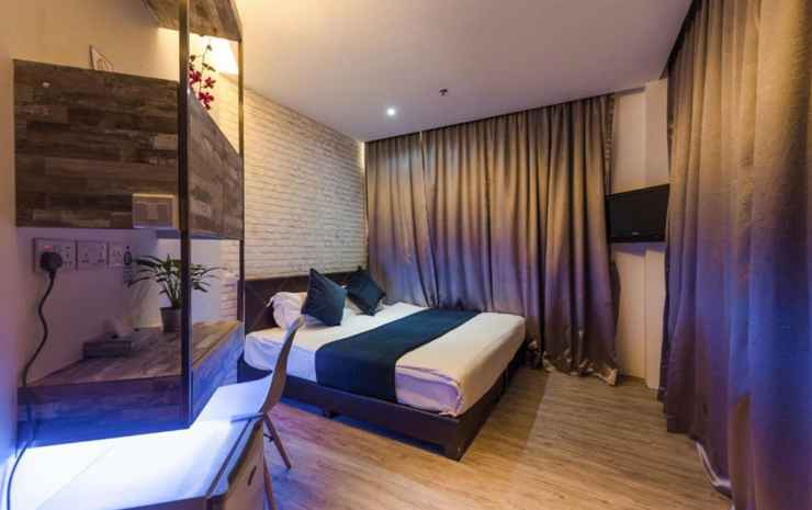 Hotel 1887, The New Opera House Singapore - Deluxe King with Balcony - Room Only FC