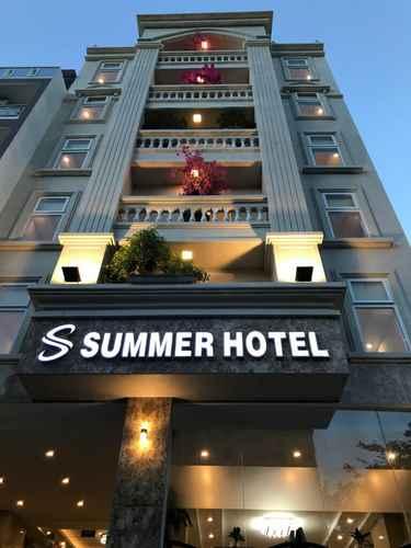 EXTERIOR_BUILDING Summer Hotel