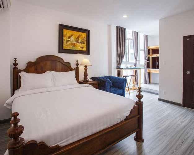 BEDROOM Halo Hotel