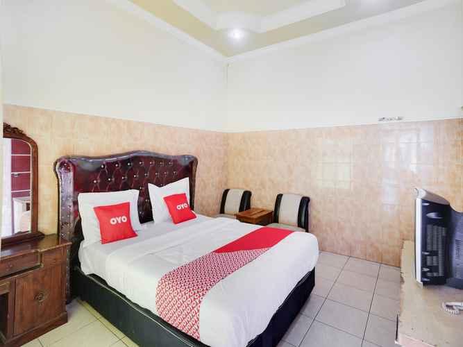 BEDROOM OYO 4014 Hotel Bergas Indah