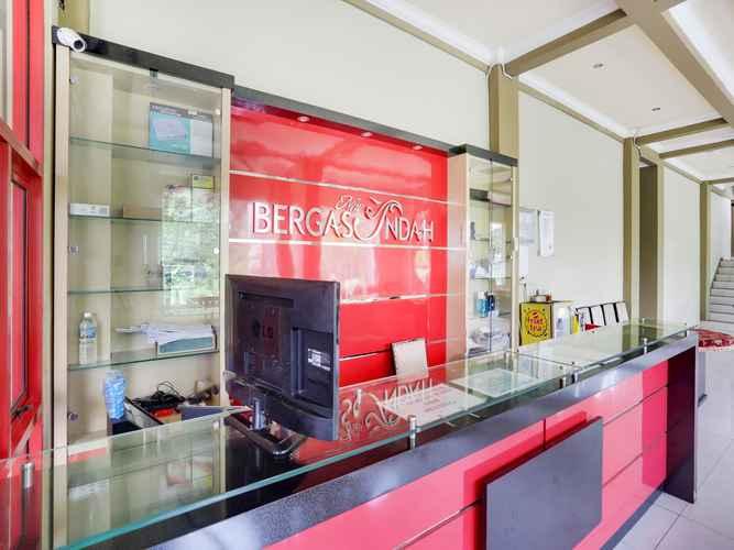 LOBBY OYO 4014 Hotel Bergas Indah