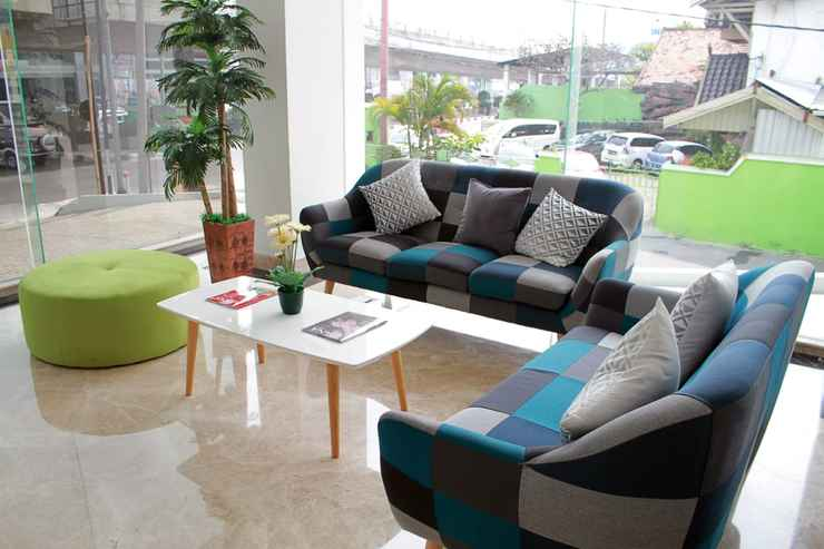 BAR_CAFE_LOUNGE The Azana Hotel Airport Semarang